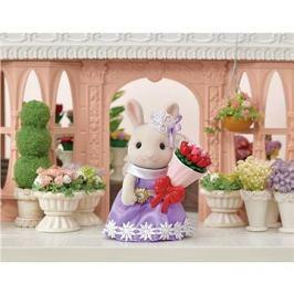 Sylvanian Families Město - králík s květinovými dary