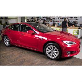 TESLA Model S 75D červená