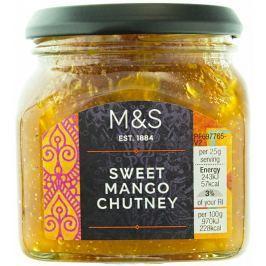 Marks & Spencer Sladké mangové chutney ochucené směsí koření Garam Masala