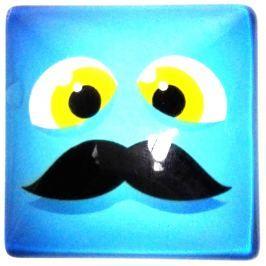 Nekupto Magnet Emoji Smajlík čtvereček modrý, knír 4 x 4 cm