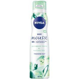 Nivea Body Mousse Crispy Cucumber & Matcha Tea osvěžující tělová pěna pro suchou pokožku 200 ml