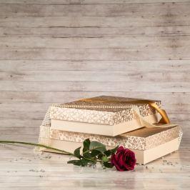 Dárková krabice Sabina, krémová, vzor lístky velikost krabice Sabina: 2 - 36x24x7,5 cm