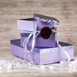 Dárková krabice Lukáš, fialová, vzor květiny velikosti krabice Lukáš: 1 - 31x21x9 cm