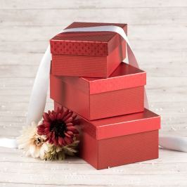 Dárková krabice Hana, červená, vzor srdíčka velikosti krabice Hana: 1 - 18x12,5x8 cm