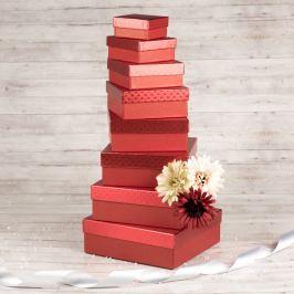 Dárková krabice Karla, červená, vzor srdíčka velikosti krabice Karla: 1 - 8x8x4 cm